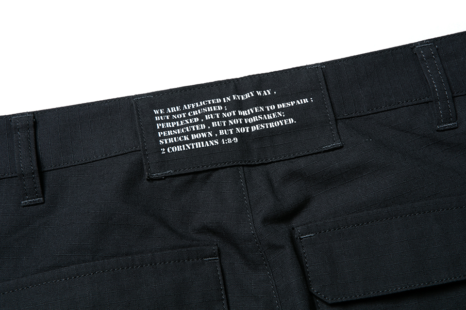 SMG2018_P-1824_Multiple Pocket Trousers05