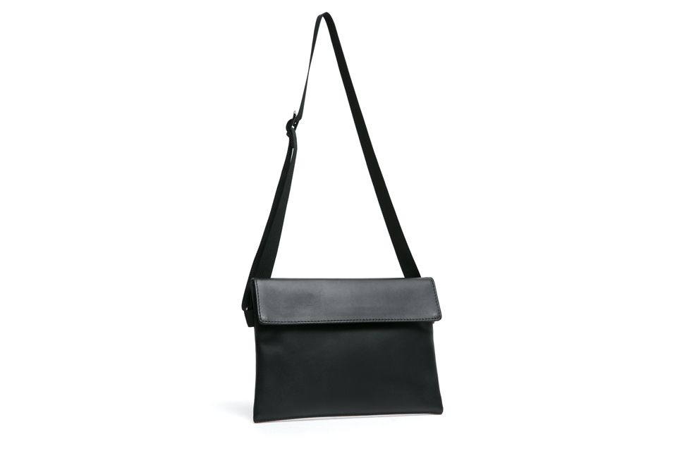 SMG2018_A-1812_Black Leather Sacoche Bag02